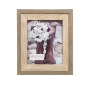 Darice Portrait Ornate Wooden Picture Frame DEIC2973