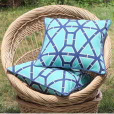Bungalow Rose Tonkawa Outdoor Pillow BGRS3300