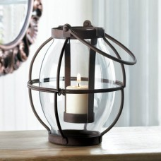 Zingz Thingz Heirloom Iron and Glass Lantern ZNGZ3603